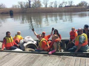 Boat full of volunteers